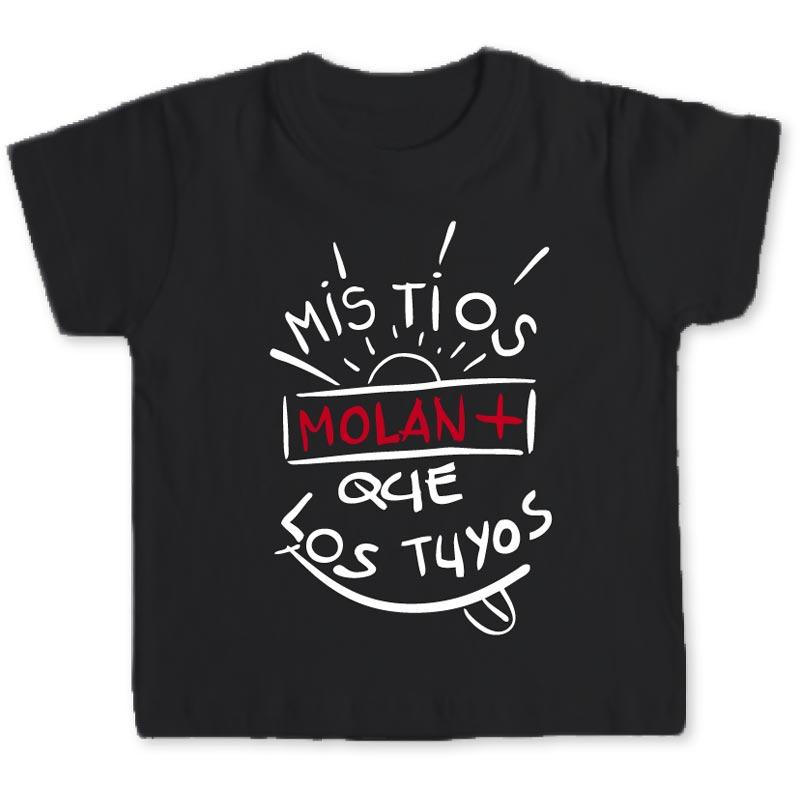 Camiseta Con Frase Mi Tios Molan